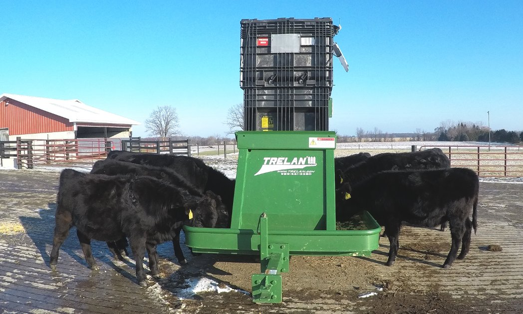 portable mega livestock feeder2
